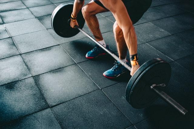 Waarom je van krachtsport gezonder wordt